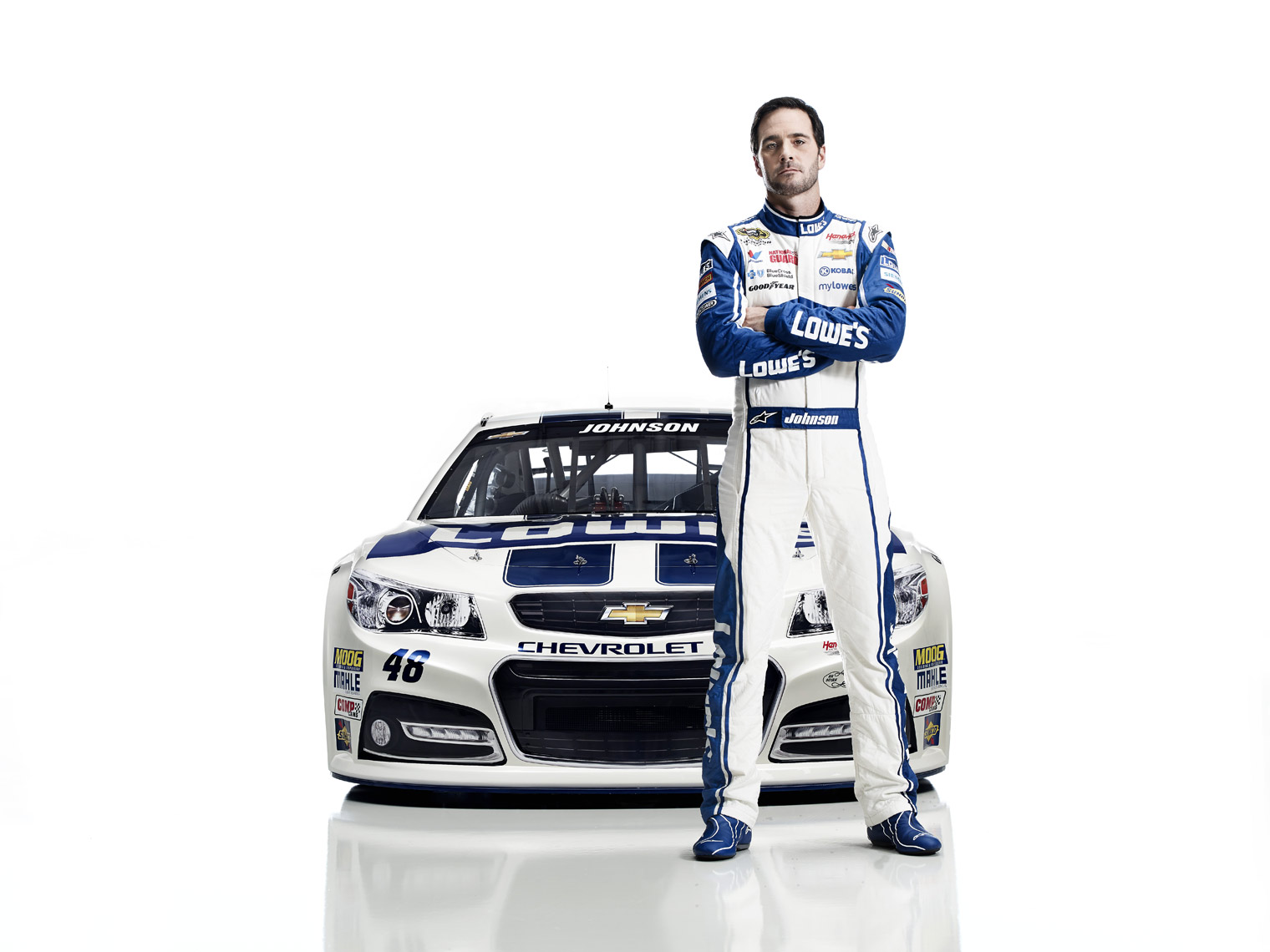 L_LowesTeamRacing2014_JimmieJohnson_ChadKnaus_LowesCarp_B_488